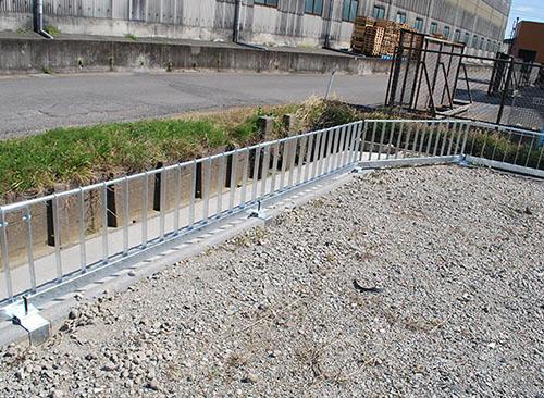 水路の形状に合わせて設置できます