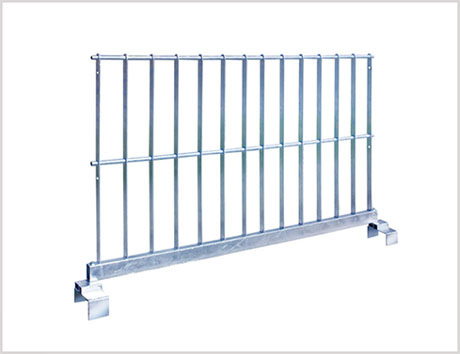 簡単に取り外し可能な用水路の転落防止柵